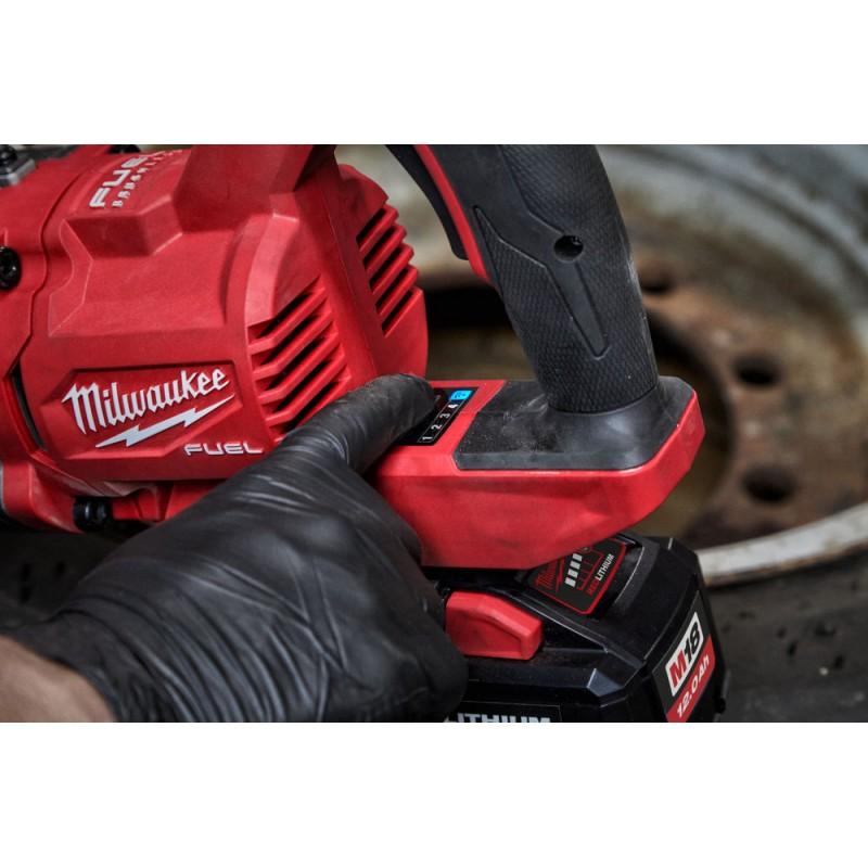 Аккумуляторный высокомоментный ударный гайковерт MILWAUKEE M18 FUEL ONEFHIWF1D-0C  4933471755
