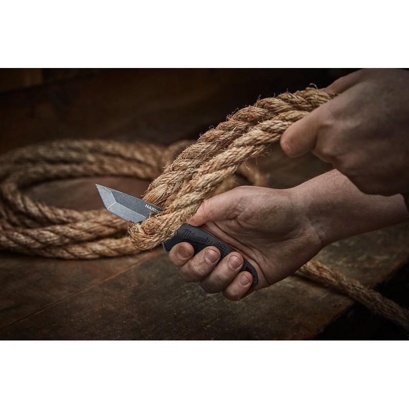 Нож MILWAUKEE HARDLINE Serrated выкидной с зазубренным лезвием 48221998