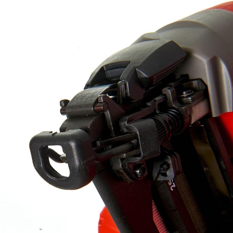 Гвоздезабиватель с прямым магазином MILWAUKEE M18 FUEL CN18GS-0X 4933451959